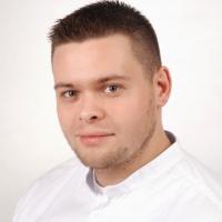 Adrian Bladowski (346076)