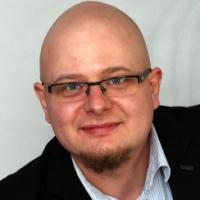 Rafał Patora (379136)