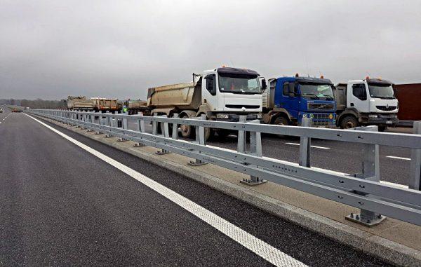 Próby obciążeniowe mostu na Widawie na drodze ekspresowej S5